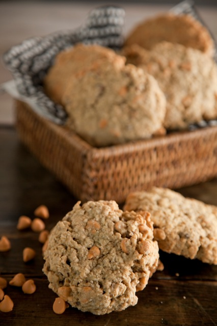 Oatmeal Scotchie Cookie Thumbnail