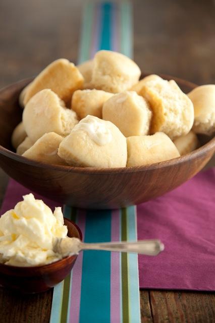 Easy Yeast Rolls Recipe