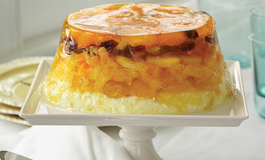 Paula Deen Cuts the Fat, 250 Favorite Recipes All Lightened Up, Exclusive: 7-Layer Molded Salad
