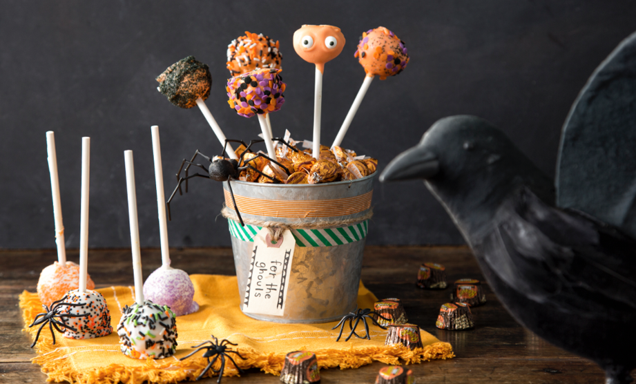 The Great Pumpkin Cookie Pops
