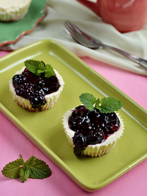 Blueberry Cream Cheese Tarts Thumbnail
