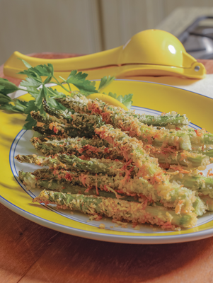 Air-Fried Asparagus with Herbed Lemon Aioli Thumbnail