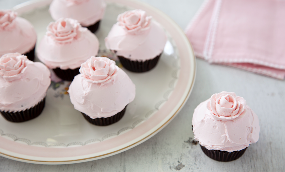 Frosting Skills: Beautiful Rose Petal Cupcakes
