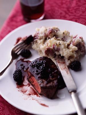 Filet Mignon with Blackberries