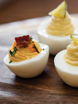 Pimiento Cheese Bacon Deviled Farm Eggs Thumbnail
