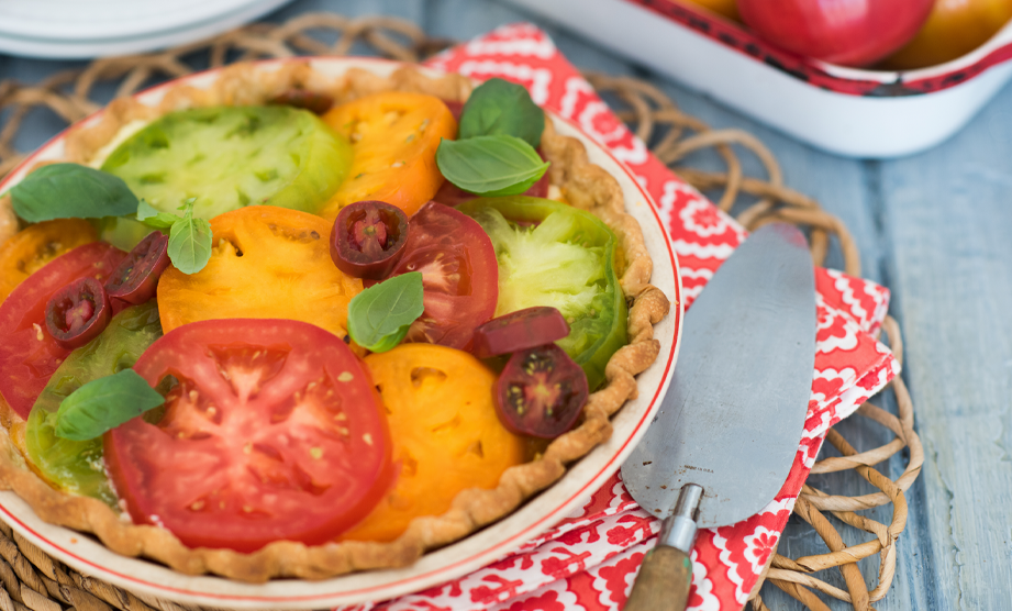 How to Make a Traditional Southern Tomato Pie