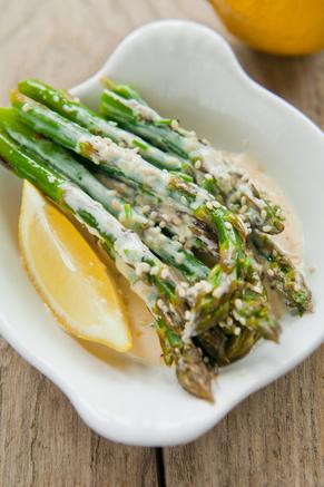 Asparagus With Sesame Citrus Sauce Thumbnail