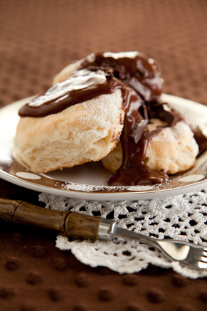 Chocolate Gravy and Biscuits Thumbnail