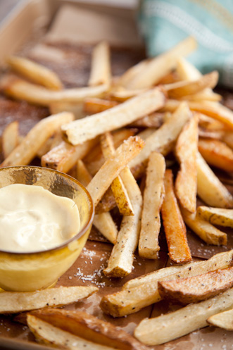 Crispy French Fries With Mayonnaise Dip Recipe