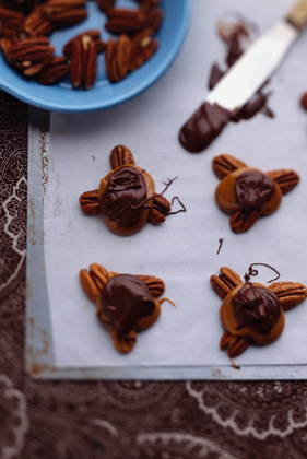 Chocolate and Caramel Turtles Recipe
