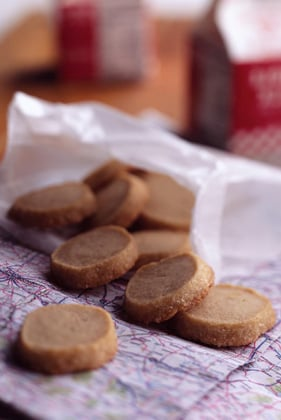 Delicate Danish Butter Cookies Thumbnail