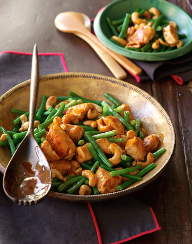 Stir-Fried Chicken with Green Beans and Cashews Recipe