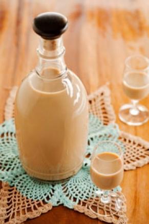 The Deen Bros. Lighter Homemade Irish Liqueur Recipe