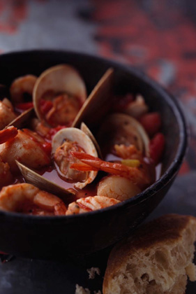 The Deen Brothers' Cioppino Recipe