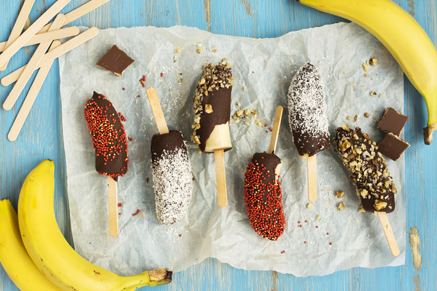 Frozen Chocolate Bananas With Coconut Thumbnail