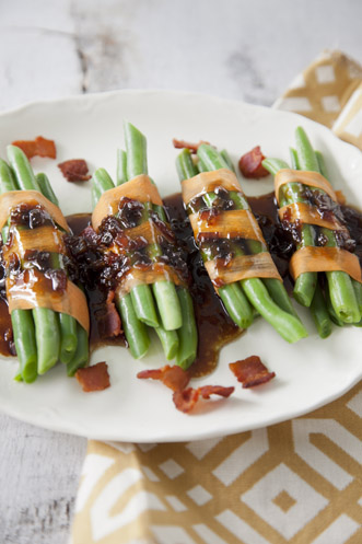 Green Bean Bundles With Bacon Vinaigrette Recipe