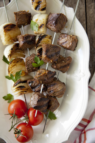 Grilled Boneless Sirloin and Vidalia Onion Skewers Recipe