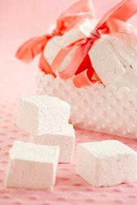 Homemade Vanilla Marshmallows Thumbnail