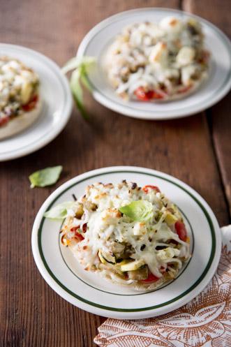 Veggie Pizza Minis Recipe