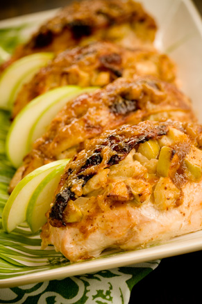 Moppin Chicken Stuffed with Brie and Apples Thumbnail