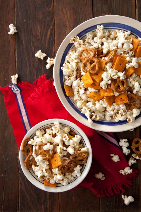 Parmesan Popcorn Mix Thumbnail