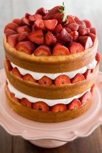 Savannah Strawberry Tall Cake Recipe