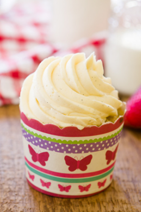 Strawberry Rhubarb Cupcakes Recipe
