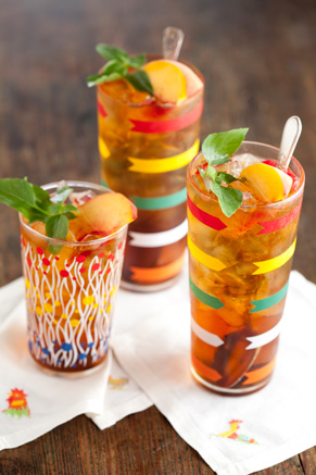 Sweetened Tea with Simple Syrup Thumbnail