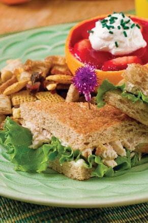 Tuna and Apple Sandwiches Thumbnail