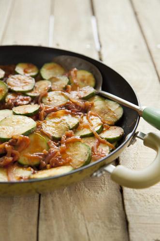 Zucchini and Red Onion Sauté Thumbnail
